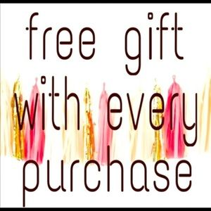 Free gift with every purchase ‼️